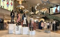 UK retailers report weak sales growth in April