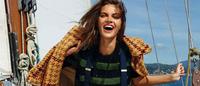 Tendências-chave entre o jeans e o mar na Elle Espanha