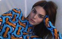 """Burberry lance sa deuxième collection """"Monogram"""", avec Kendall Jenner pour égérie"""