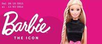 Alitalia: le divise della compagnia alla mostra Barbie The Icon