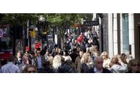 UK consumer confidence positive for all of 2015