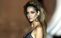 "Un ""ángel"" de Victoria's Secret se sube a la pasarela madrileña"