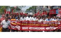 """Campaña Ropa Limpia insta a las marcas a tomar """"medidas inmediatas"""" para evitar tragedias como la de Bangladesh"""