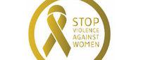 ステラ・マッカートニーが「女性に対する暴力撤廃の国際デー」のバッジをデザイン