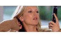Кейт Мосс выпускает коллекцию аксессуаров для мобильных телефонов