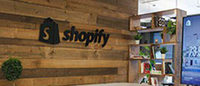 Shopify partners with U.S. Postal Service to woo more retailers