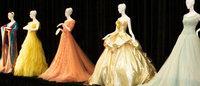 Modelos de alta-costura vão a leilão em Paris em julho