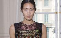 Haute couture : la femme aux multiples facettes de Schiaparelli