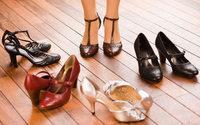 """Costa saúda """"acordo histórico"""" no setor do calçado e destaca contratação coletiva"""