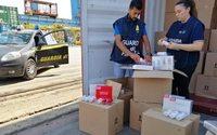 Maxi sequestro di 15 tonnellate di profumi falsi nel porto di Genova