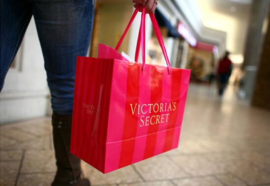 维多利亚的秘密母公司5月同店销售增3%