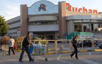 Auchan chiude i punti vendita di Napoli e Catania