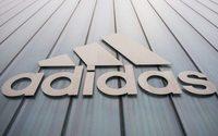 Panne bei Adidas-Trikot: Russland-Team erhält serbische Flagge