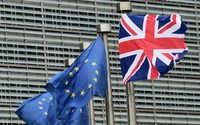 Brexit : l'accord largement rejeté par les députés britanniques