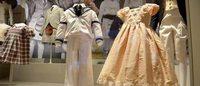 Realeza britânica expõe sua infância em mostra no Palácio Real