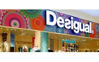 La matriz Abasic traspasa a Desigual la actividad de diseño y creación de prendas