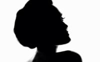 Angelina Jolie wird Gesicht für den neuen Damenduft von Guerlain