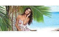 Ирина Шейк на берегу океана в новой рекламе Love Republic