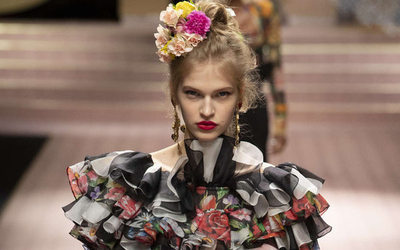 Dolce   Gabbana say sorry, in Chinese, after race row - News   Business  ( 1038510) a1f8ad0c6330