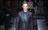 Giorgio Armani changes hour and location of signature menswear show