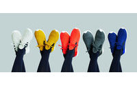 Native Shoes et Issey Miyake, une nouvelle collaboration haute en couleurs