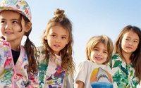 Los españoles gastan hasta 100 euros al año en compras onlin' de moda infantil