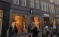 Record number of Dutch municipalities to allow shops to open on Sunday for Christmas