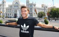 Sponsor Adidas hält Özil die Treue