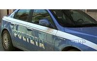 Genova: scoperto laboratorio clandestino di capi contraffatti