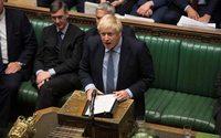 Boris Johnson rinuncia a fermare le legge sul rinvio della Brexit