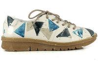 Khriò produce la sua prima collezione di scarpe green