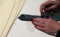 Cravates en soie, sacs luxueux : des artisans d'Hermès à Mexico