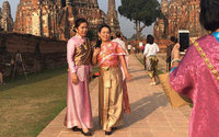 Venerating the past, traditional costume fever grips Thailand