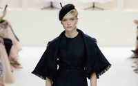 Christian Dior couture&#x3B; feminists out, grandes dames in