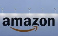 Amazon launches store-pick grocery service in Seattle