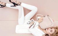 Gigi Hadid fa il bis come volto degli accessori Max Mara