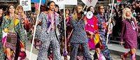 """""""Manifestação"""" de Lagerfeld ocupa o Boulevard Chanel em Paris"""