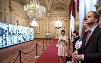 Karl Lagerfeld se codea con Tintoretto y Tiziano en el Palazzo Pitti