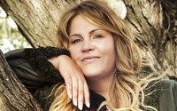 Entertainerin Ilka Bessin macht ab sofort Mode für starke Frauen