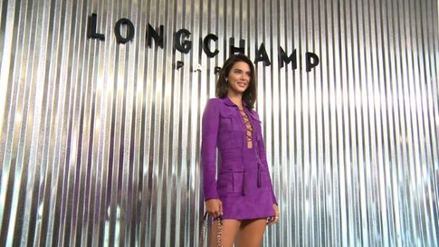 603b75b66b8b Longchamp - Womens collection Spring Summer 2019 in New York (with  interviews) - Videos ( 20233)