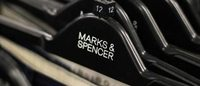 M&S to offer gift card to investors as alternative to dividend