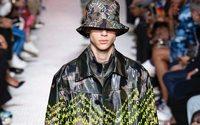 Valentino: Streetwear mit Straußenfedern