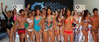 La sofisticación se cubre de transparencias en la Semana de Baño Moda Cálida