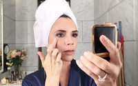 Victoria Beckham turns beauty blogger