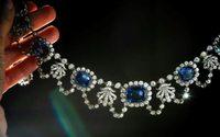 Des bijoux impériaux et un gros saphir, vedettes des enchères de Genève