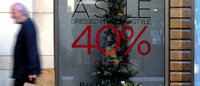 Canadian retailers adopt Black Friday to stem US tide