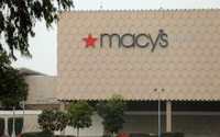 Macy's promotes Anwar to Chief Technology Officer, Robinson to EVP, Product Management and Customer Experience