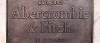 Abercrombie&Fitch: utile di 66,1 mln dollari nel IV trimestre (-58%)