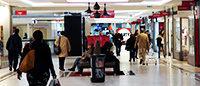 Commerce spécialisé: fort repli en novembre, selon Procos