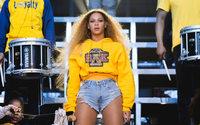 Balmain signe une collaboration avec Beyoncé pour la bonne cause